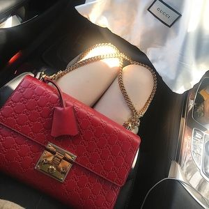 unused gucci medium padlock signature bag